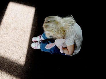 Ovako se mame djeca u regiji: Roditelji budite na oprezu, jedna žena je neuspješno pokušala da kidnapuje dijete na strašan način (FOTO)